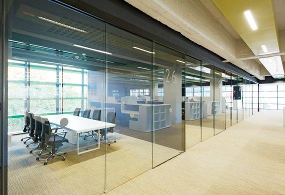 Porte, Finestre e divisori in vetro a Via Solferino Milano (1)