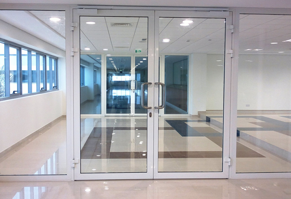 Porte, Finestre e divisori in vetro a Via Solferino Milano (9)
